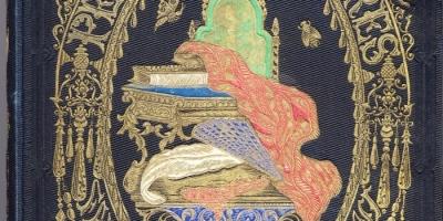 Plat supérieur de l'ouvrage HP 30035/2. Bibliothèque de Rennes Métropole.